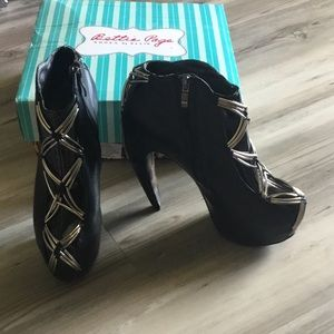 Black Bettie Page Ada High Heel Ankle Booties